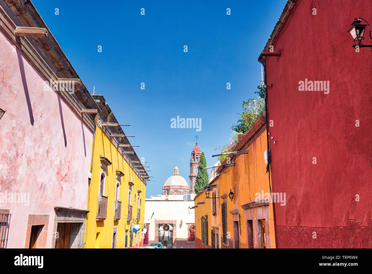 Mexico, Colorful buildings and streets of San Miguel de Allende in historic city center Stock Photo