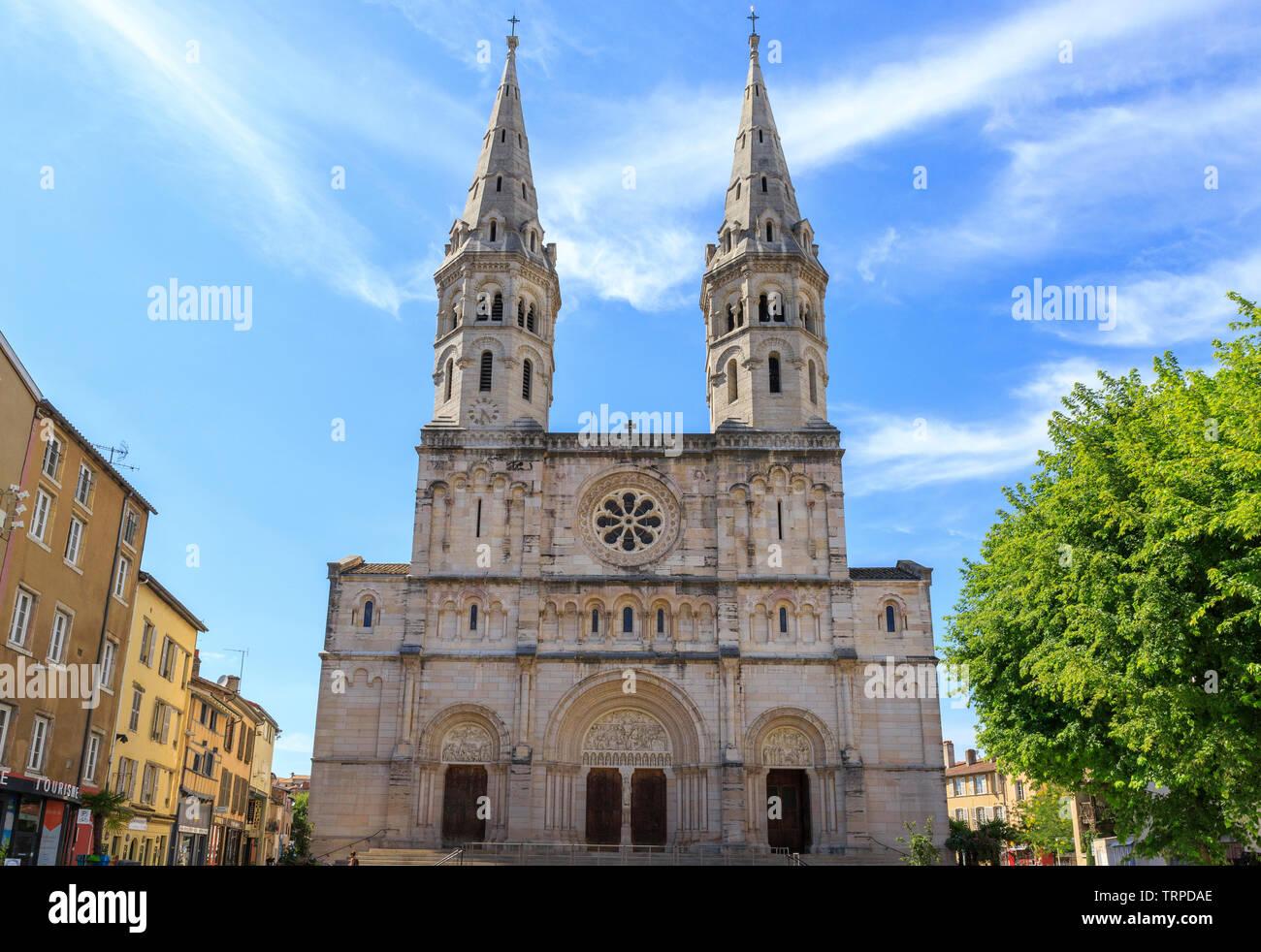 France, Saone et Loire, Macon, Saint Pierre church dated XIXth century // France, Saône-et-Loire (71), Mâcon, église Saint-Pierre du XIXe siècle - Stock Image