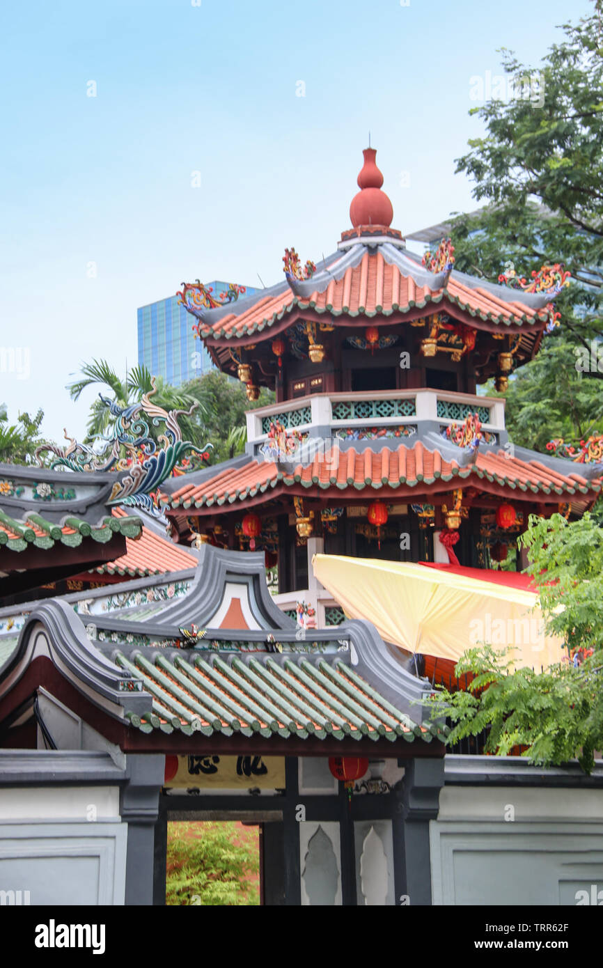 Ornate carvings of the Thian Hock Keng Temple, or Temple of Heavenly Happiness, China town, Singapore, Asia - Stock Image
