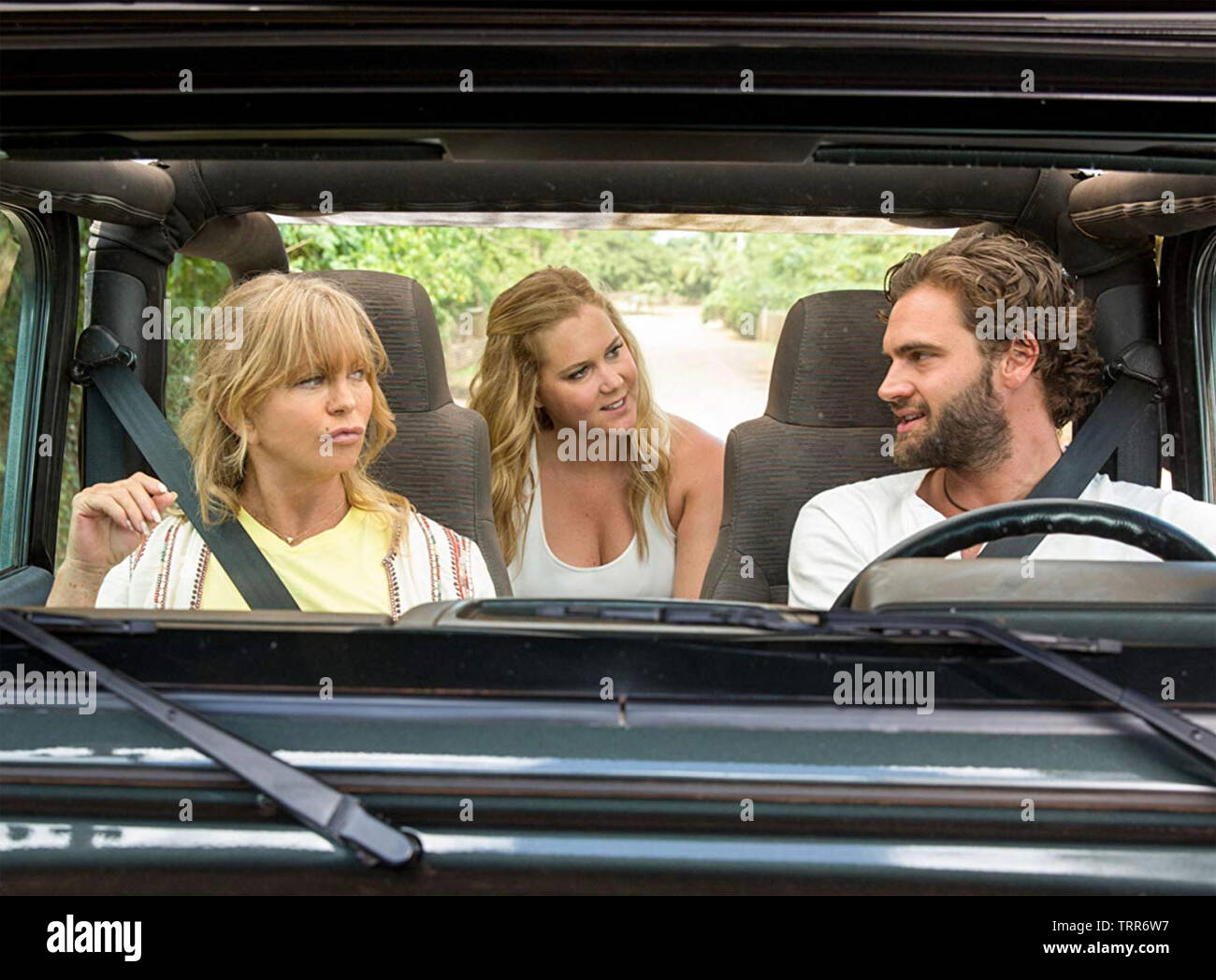 SNATCHED 2017 film with Goldie Hawn at left,  Amy Schumer and Tom Bateman - Stock Image