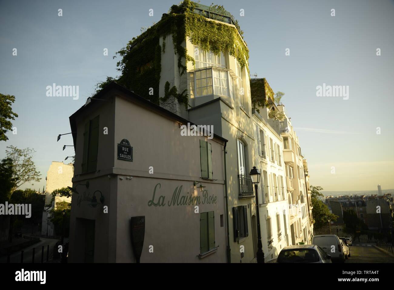 La Maison Rose sur la Butte Montmartre, pasakdek - Stock Image