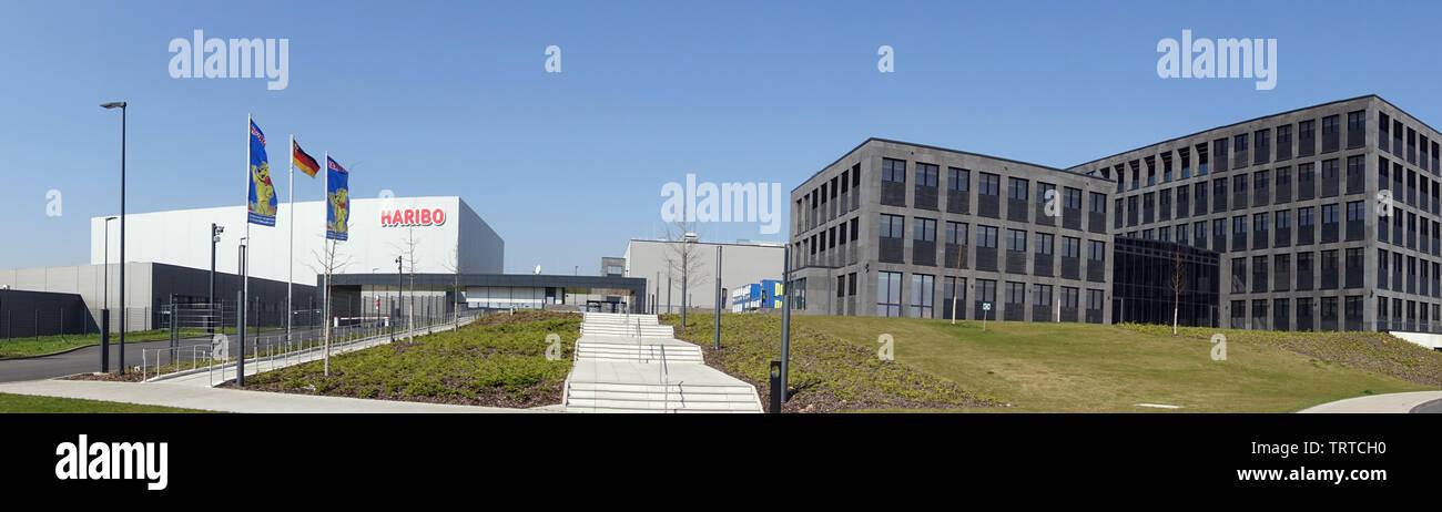neue  Hauptverwaltung und Produktionsstätte der HARIBO GmbH & CoKG, Europas größtem Süsswarenhersteller, Grafschaft, Rheinland-Pfalz, Deutschland - Stock Image