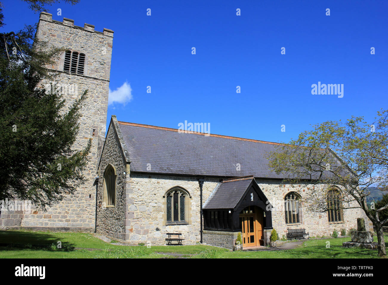 Church of St. Mary and St. Cynfarch, Llanfair Dyffryn Clwyd, nr Ruthin, Denbighshire, Wales - Stock Image