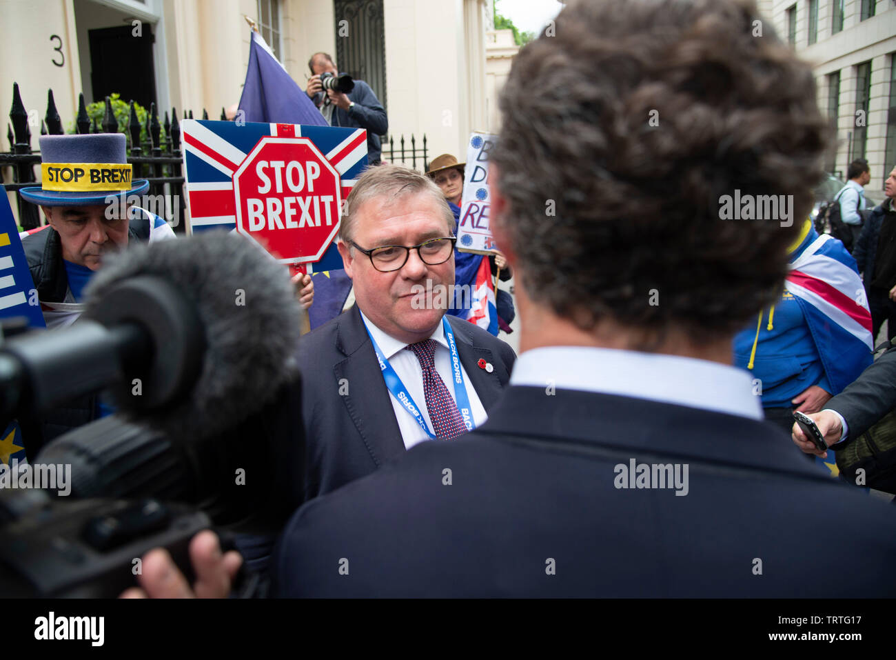 London, UK. 12th June, 2019. Mark Francois MP speaks to media outside an event held by  Boris Johnson to launch his bid to be leader of the Conservative and Unionist Party and Prime Minister. Credit: Claire Doherty/Alamy Live News Stock Photo