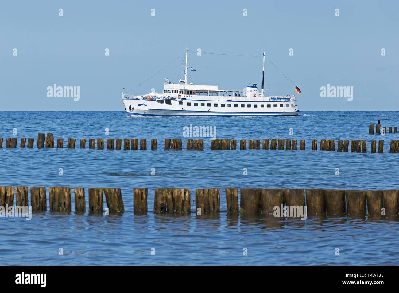 passenger ship leaving Kuehlungsborn, Mecklenburg-West Pomerania, Germany - Stock Image