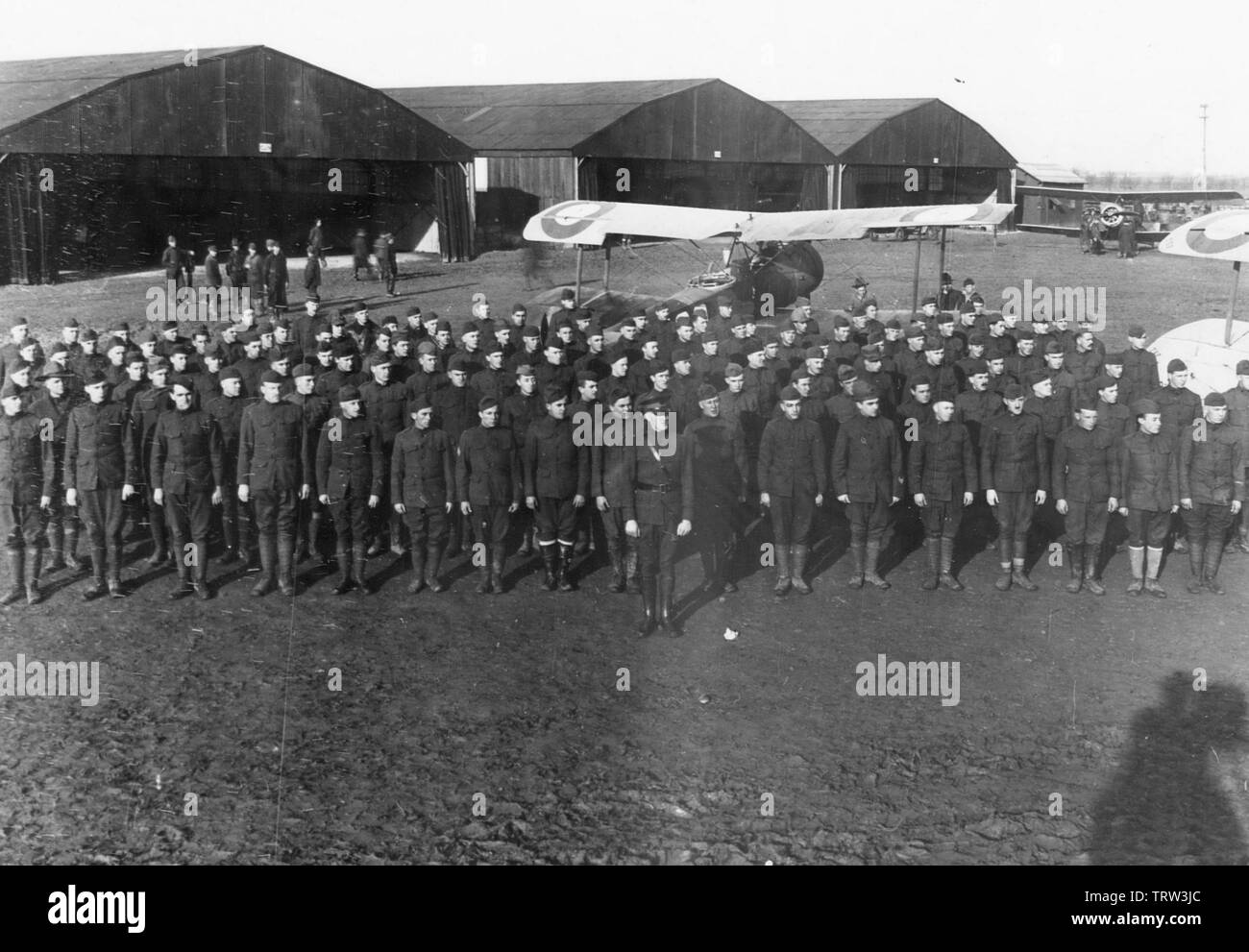 'English: 2d AIC - 35th Aero Squadron; 1918; Air Service, United States Army photograph, Gorrell's History of the American Expeditionary Forces Air Se - Stock Image