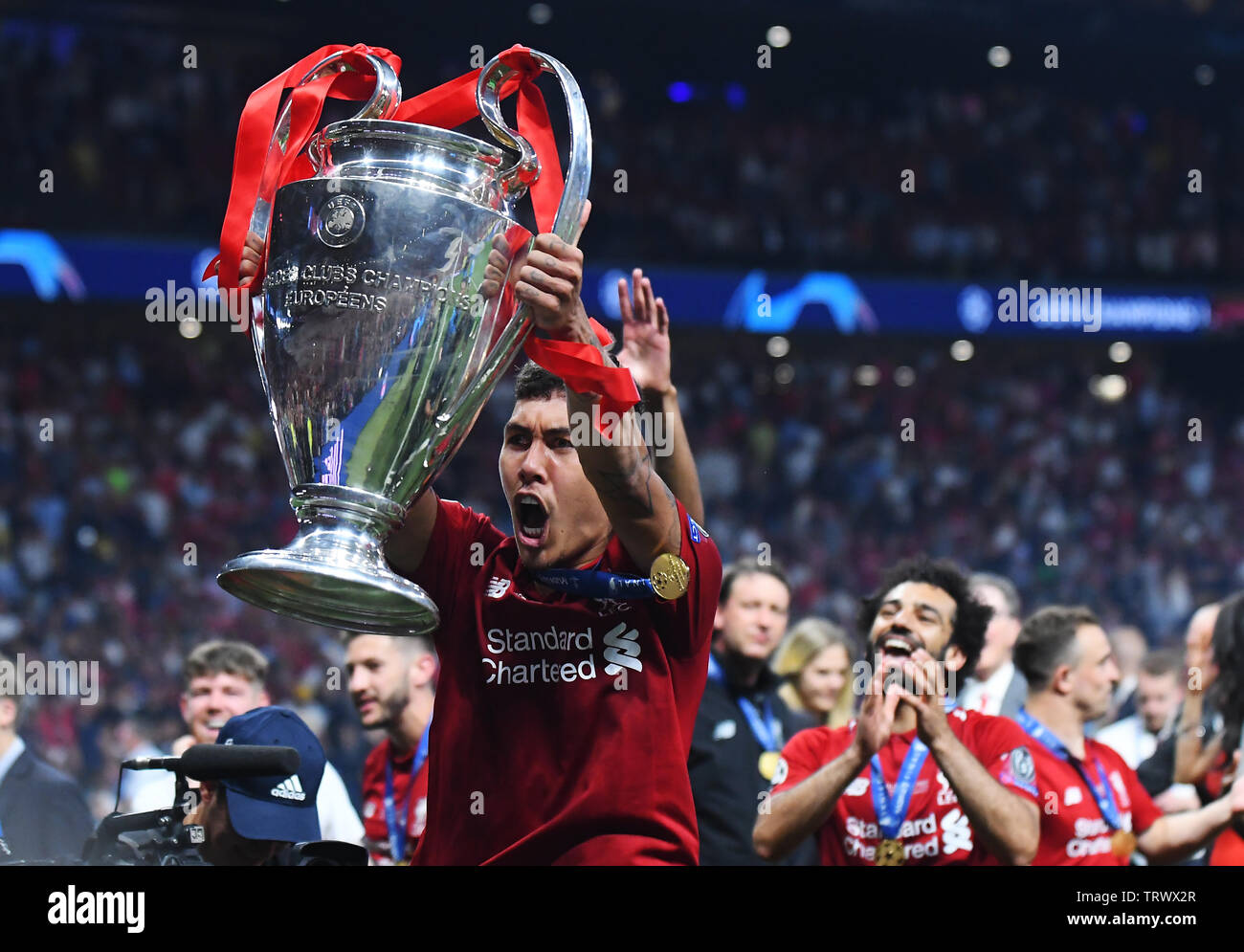 Madrid Spain June 1 2019 Roberto Firmino Of Liverpool Pictured During The Award Ceremony Held After