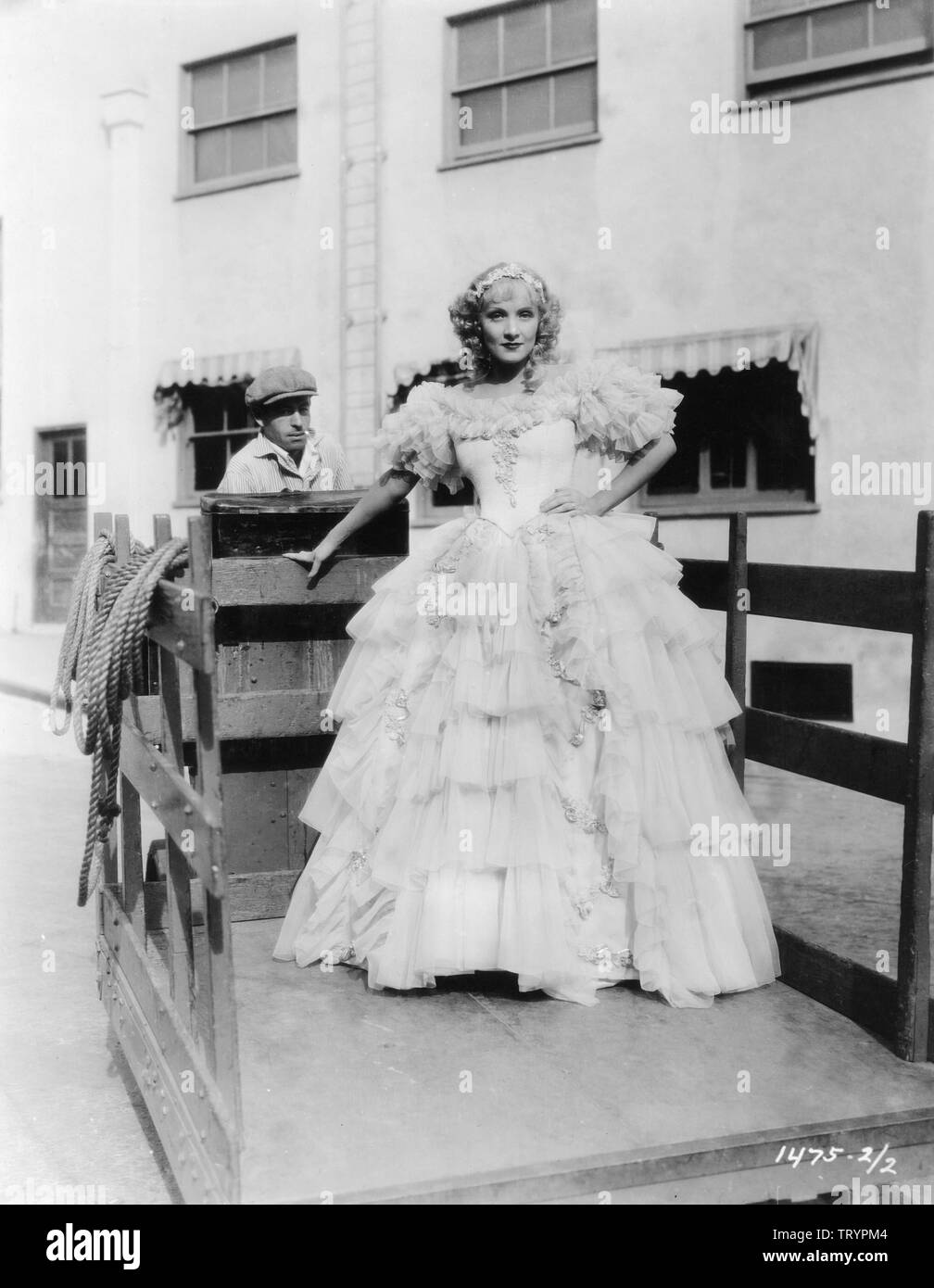 MARLENE DIETRICH as Catherine the Great of Russia in  THE SCARLET EMPRESS 1934 director Josef von STERNBERG candid on studio lot Paramount Pictures - Stock Image