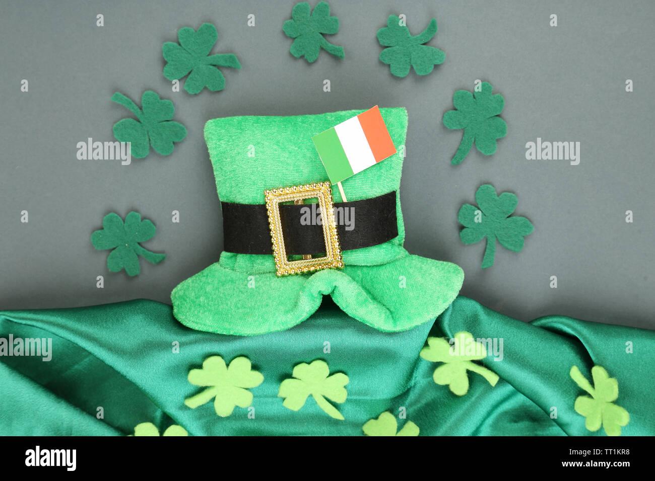 Patrick/'s Day Tie Souvenir Flag Tricolour Shamrock Four Leaf Irish Ireland St