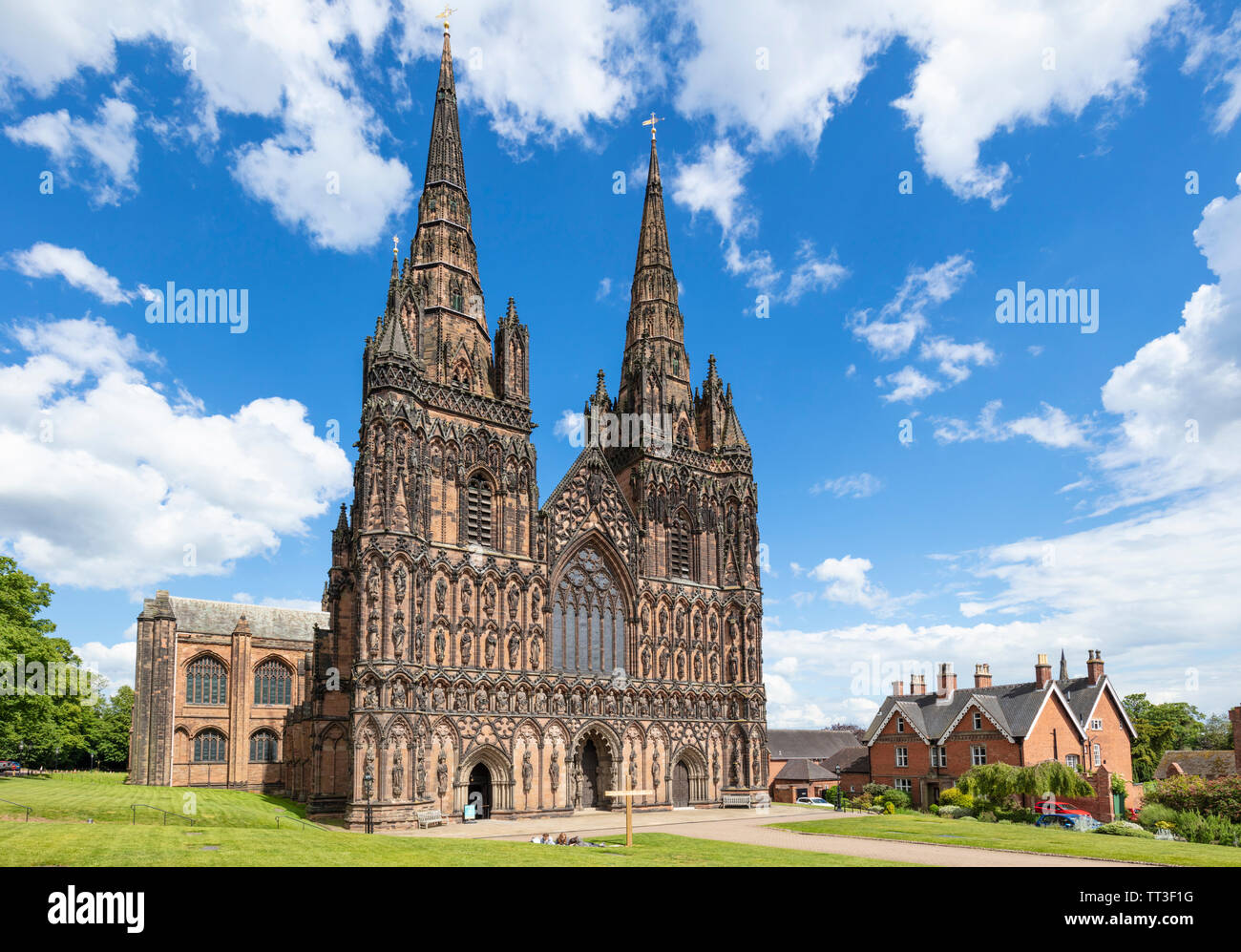 Lichfield cathedral Lichfield cathedral west front with carvings of St Chad saxon and norman kings Lichfield Staffordshire England UK GB Europe - Stock Image