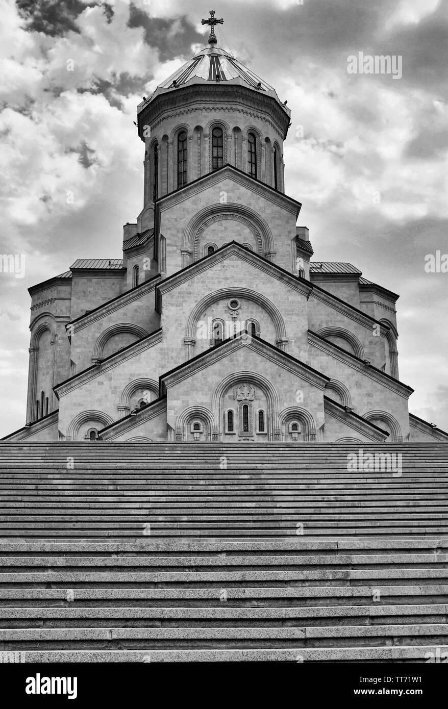 TBILISI, GEORGIA - JUNE 29, 2014: Church Zminda Sameba, the new cathedral of Tbilisi on June 29, 2014 in Georgia, Europe - Stock Image