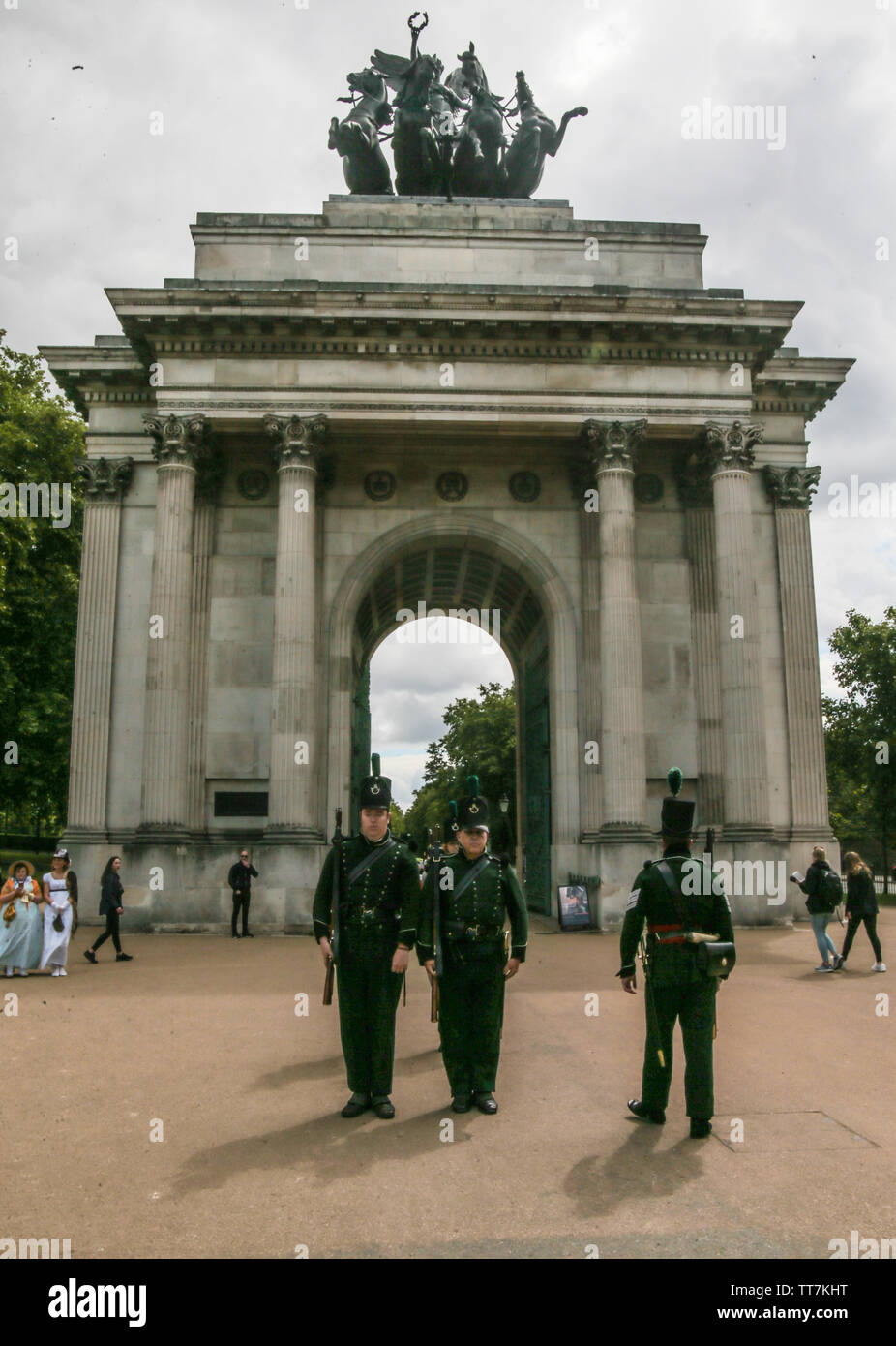 London, UK. 15th June, 2019. The Battle of Waterloo was fought on Sunday 18th June 1815 near Waterloo in Belgium, part of the United Kingdom of the Netherlands and at the time Apsley House was the Duke of Wellington's London home. 95th Rifles who presented life in one of Wellington's regiments, commemorated the battle of Waterloo anniversary weekend where they were able to re-live the drama and grandeur of the Napoleonic war with live re-enactments both inside and outside Apsley house.Paul Quezada-Neiman/Alamy Live News Credit: Paul Quezada-Neiman/Alamy Live News - Stock Image