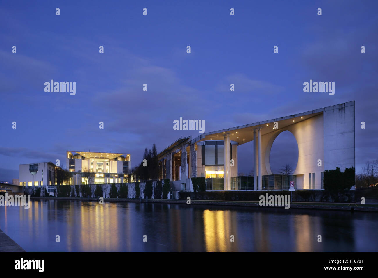 German Chancellery (Bundeskanzleramt) on the banks of the River Spree, Berlin, Germany. Stock Photo
