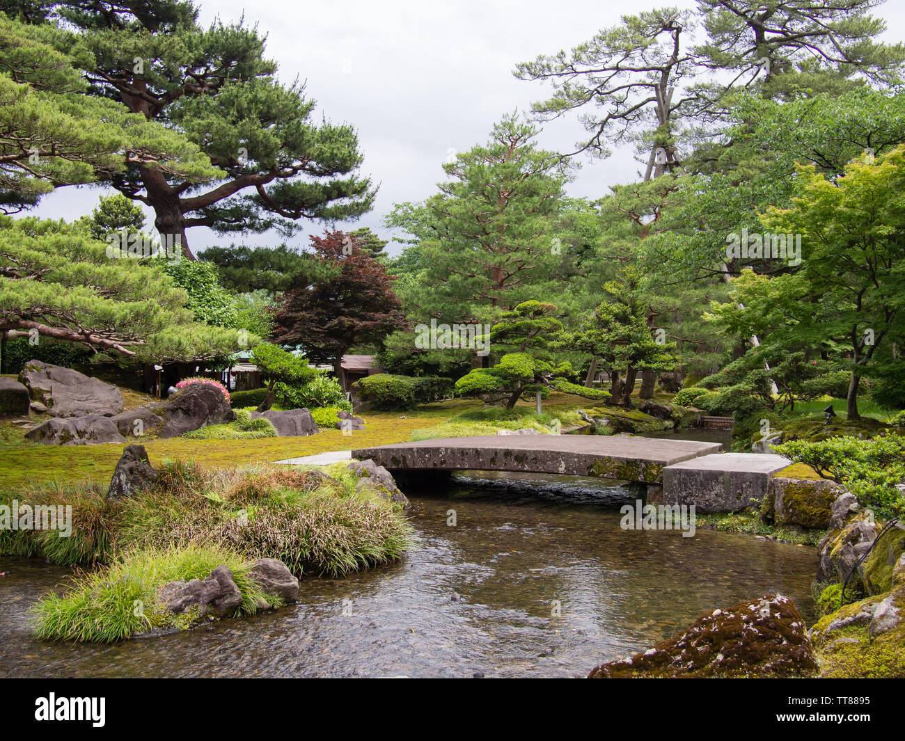 A Japanese Garden In Kenroku En Or The Six Attributes Garden In