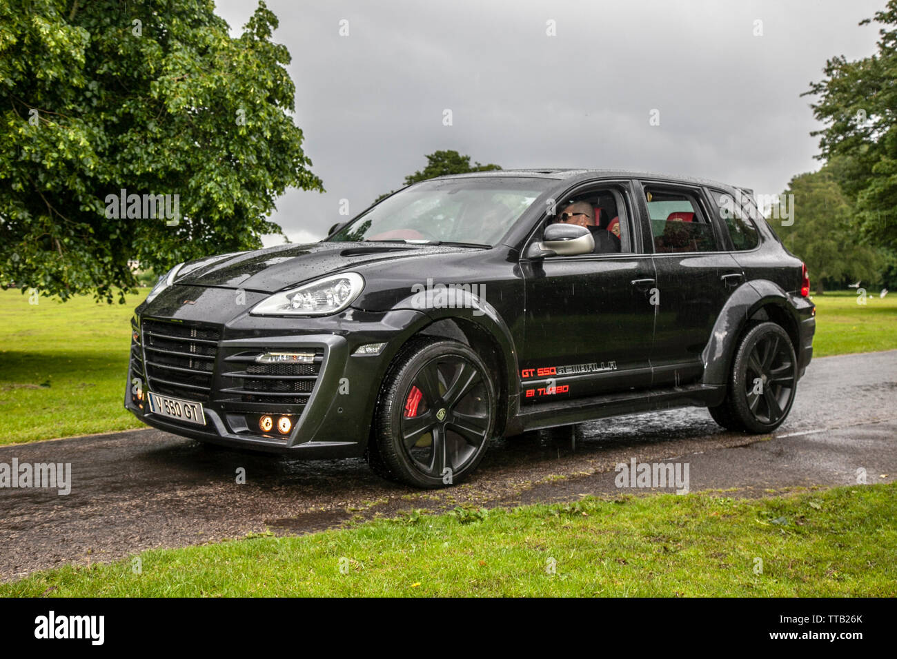 Porsche Cayenne Turbo High Resolution Stock Photography And Images Alamy