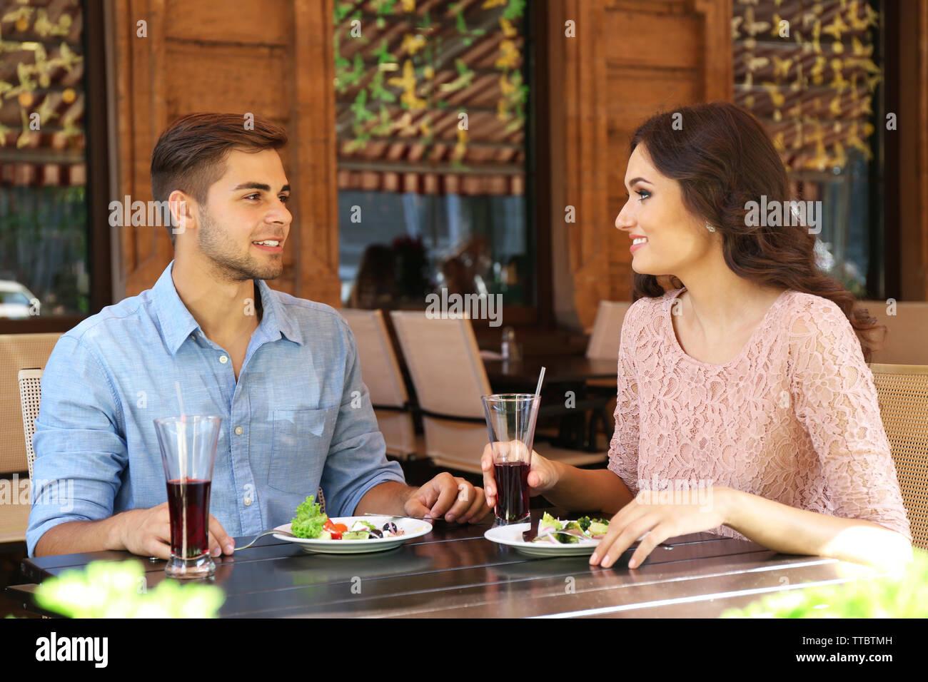 dating restaurant program homofile cop dating sites