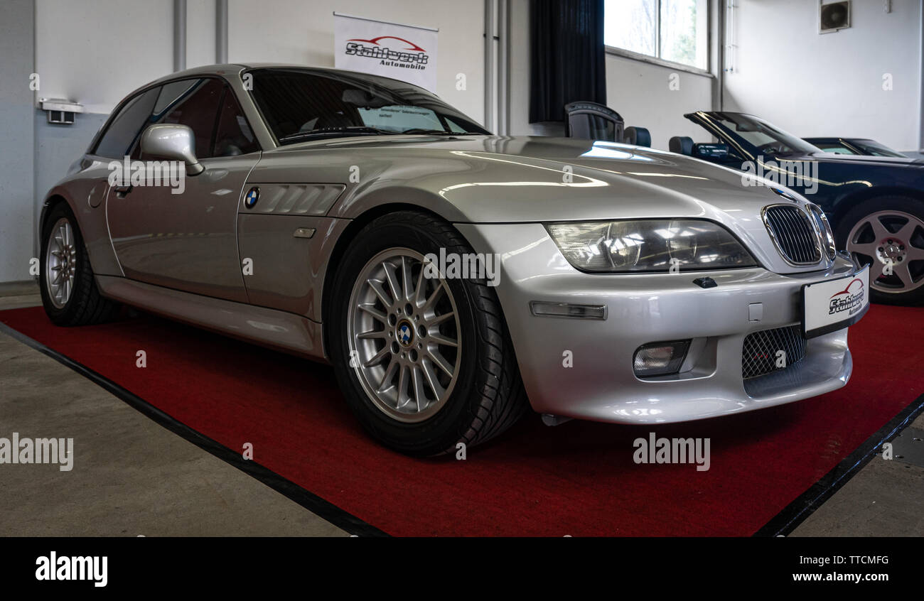 Bmw Z3 Coupe High Resolution Stock Photography And Images Alamy