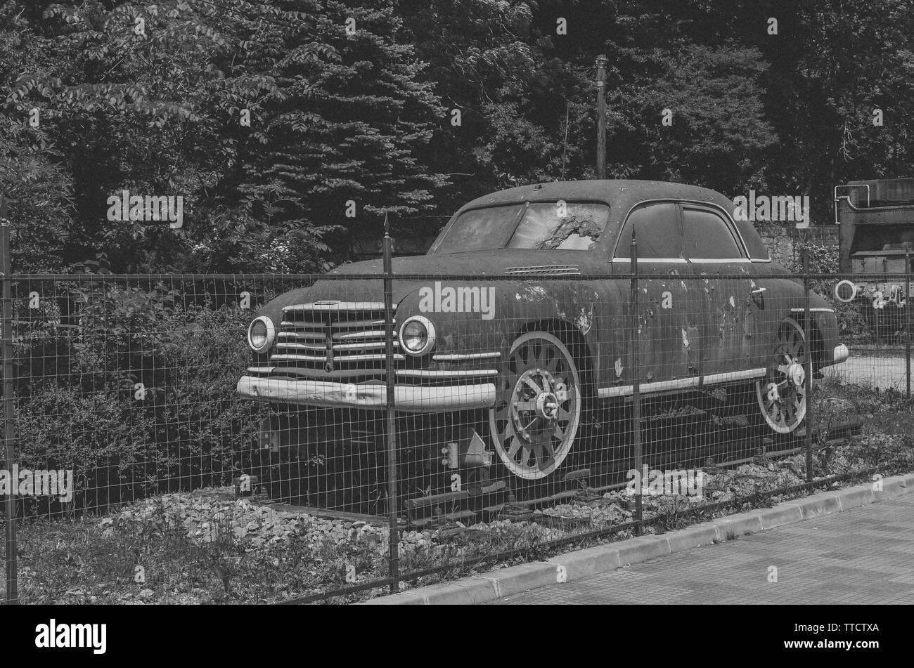Old Fashion Cars >> Here We Have An Old Old Fashioned Car Whose Significance