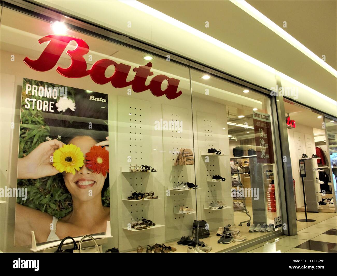 ce97433d055f BATA SHOES STORE ENTRANCE IN LEONARDO SHOPPING CENTER IN ROME - Stock Image