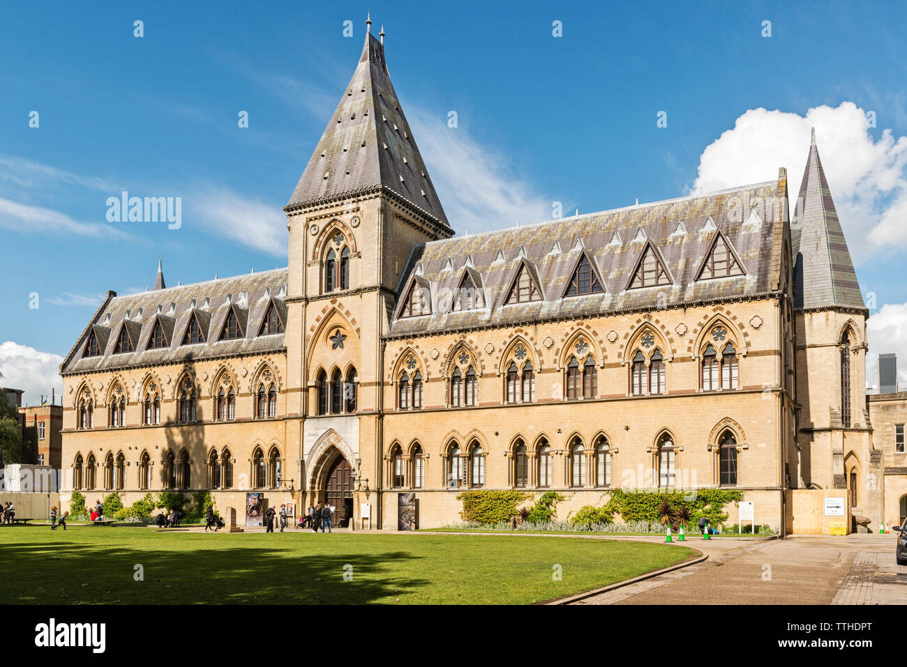 The Victorian facade of the Oxford University Museum of Natural History, founded in 1860. It adjoins the Pitt Rivers Museum of ethnography - Stock Image