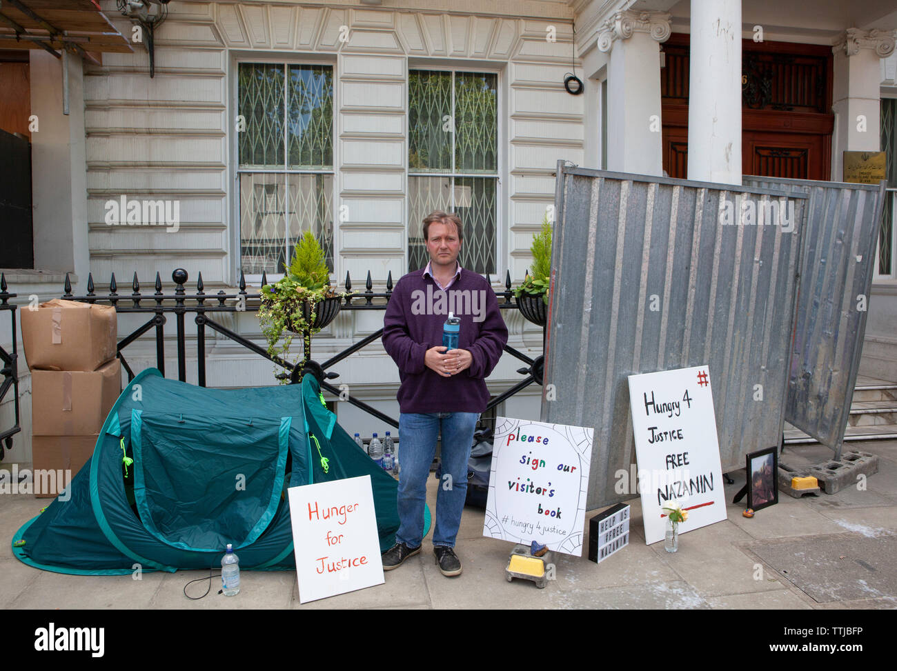 Richard Ratcliffe, the husband of Nazanin Zaghari-Ratcliffe, is on hunger strike, camping and staging a picket outside the Iranian Embassy in London. Stock Photo