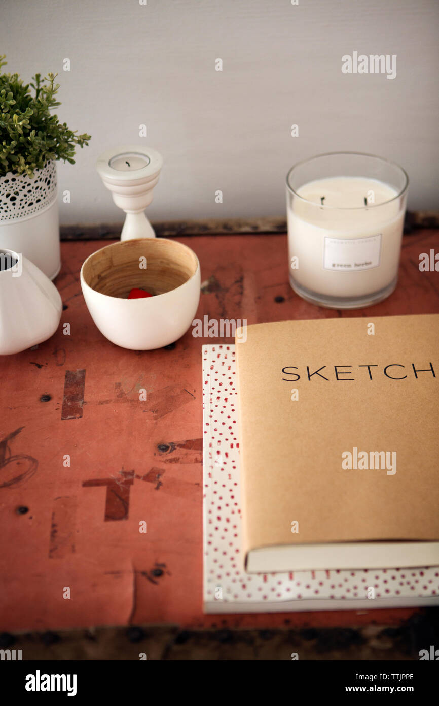 Light Table High Resolution Stock Photography And Images Alamy