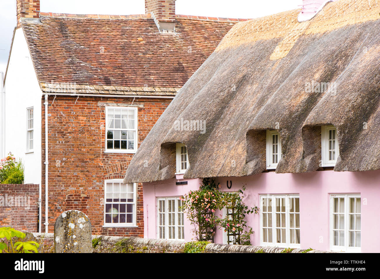 Thatched cottages in historic Wareham, Dorset, England, UK - Stock Image