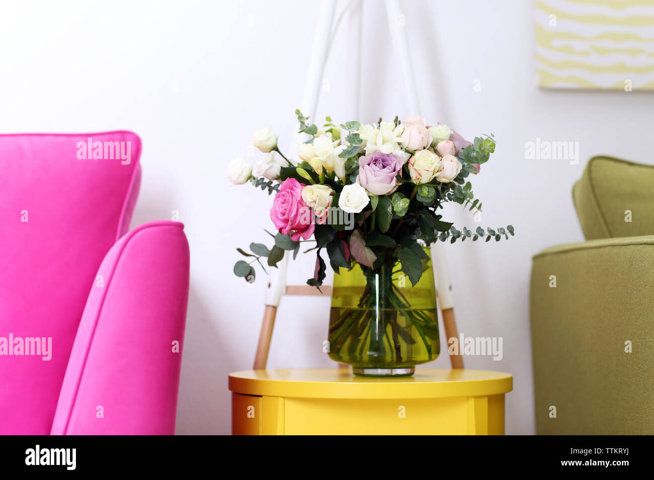 beautiful bouquet of colourful roses in glass vase TTKRYJ