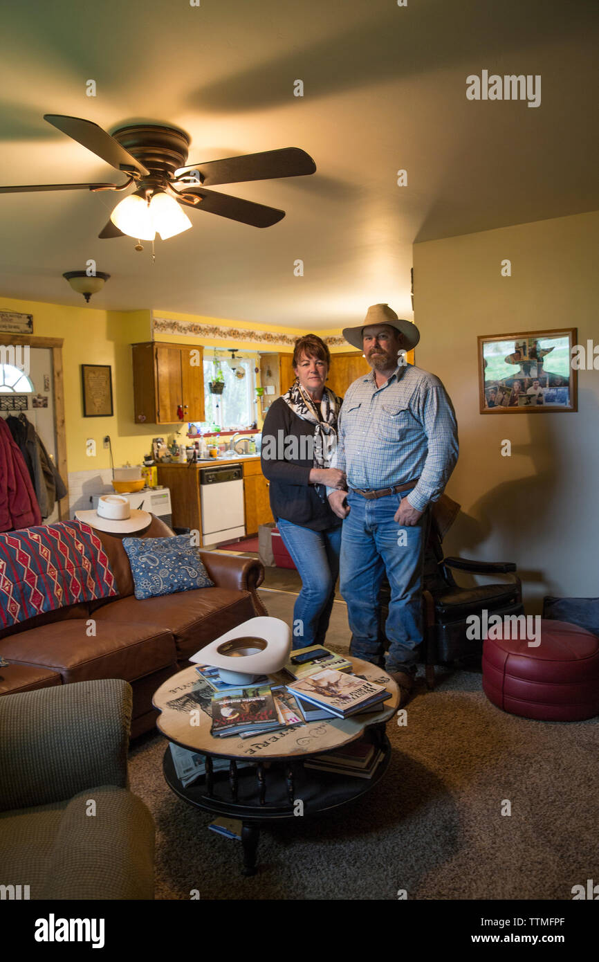 USA, Oregon, Enterprise, Cowboy Todd Nash and his wife Angela at their home, Northeast Oregon - Stock Image
