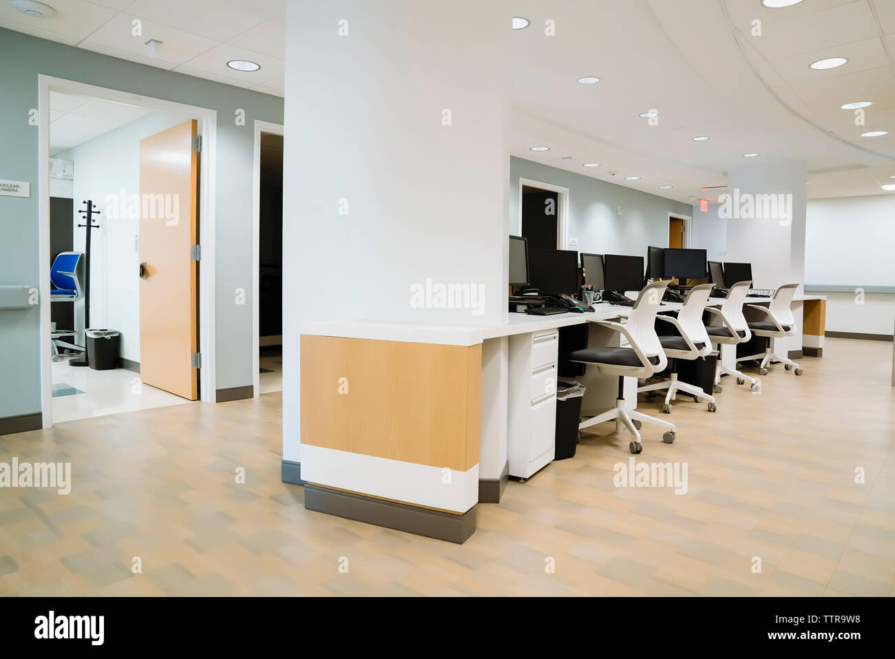 Desktop computers in hospital - Stock Image