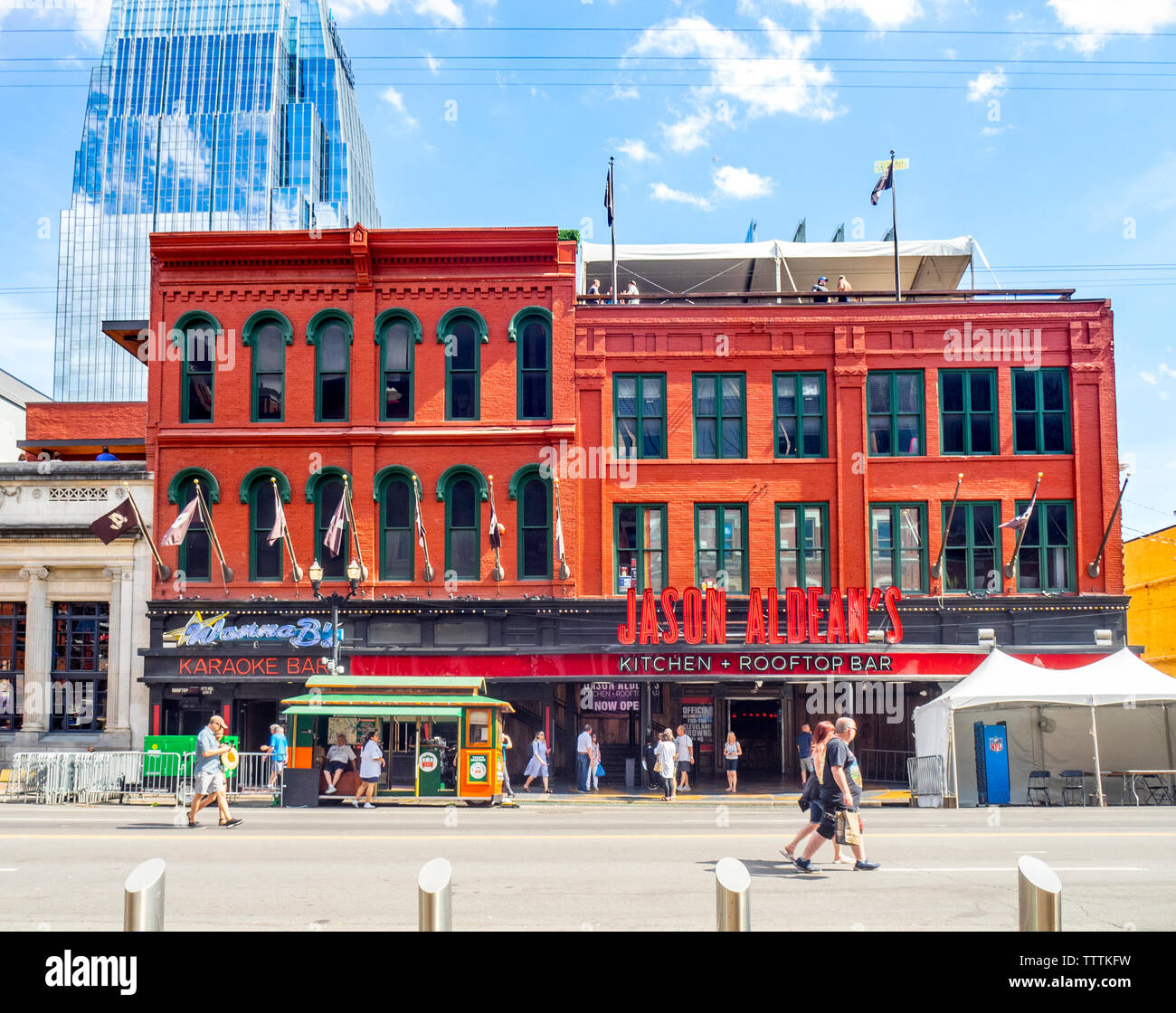 Jason Aldeans Kitchen Rooftop Bar And Restaurant And Concert Venue On Broadway During The Nfl Draft 2019 Nashville Tennessee Usa Stock Photo Alamy