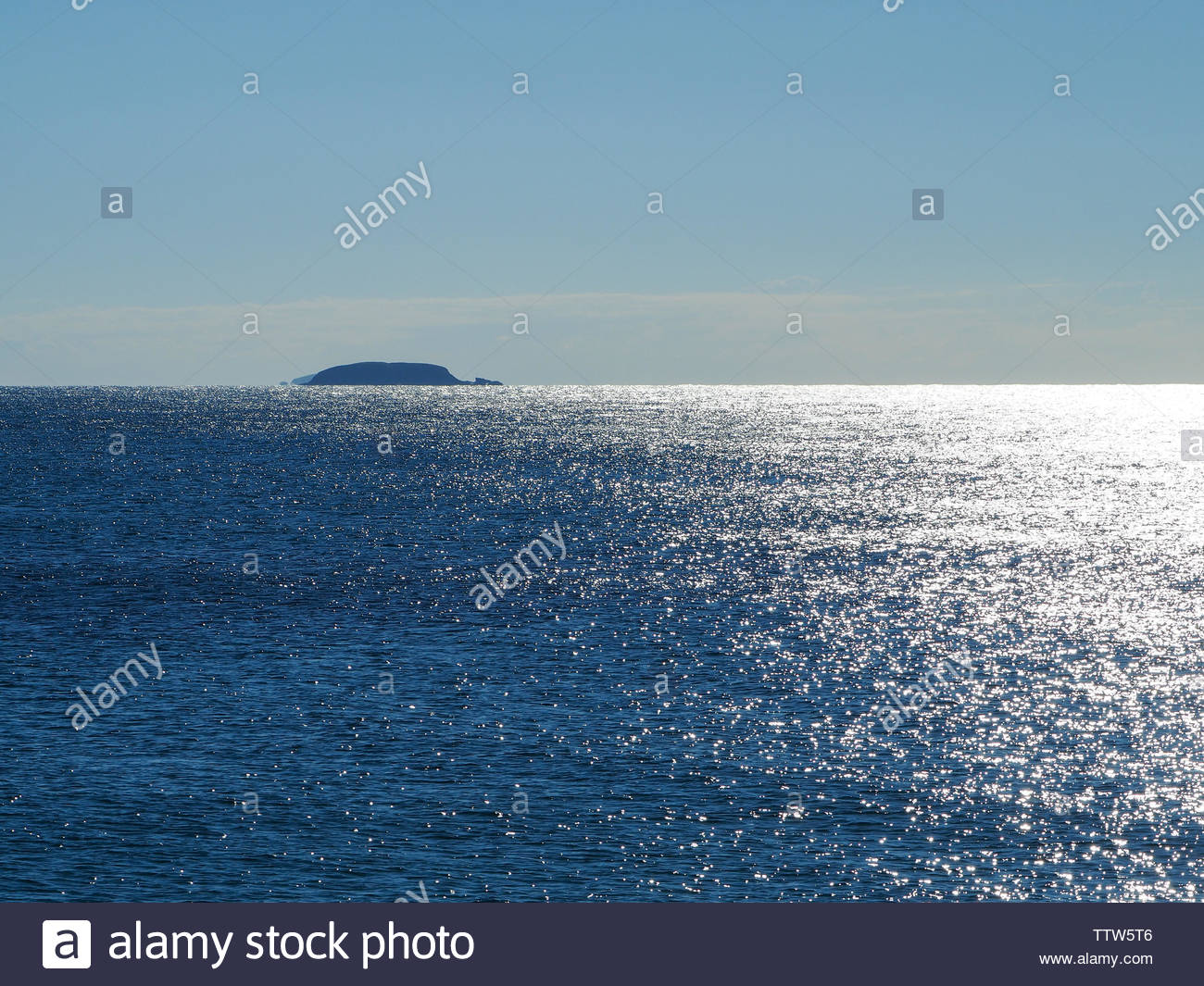 The sparkling blue and white of the Pacific Ocean, Australia - Stock Image