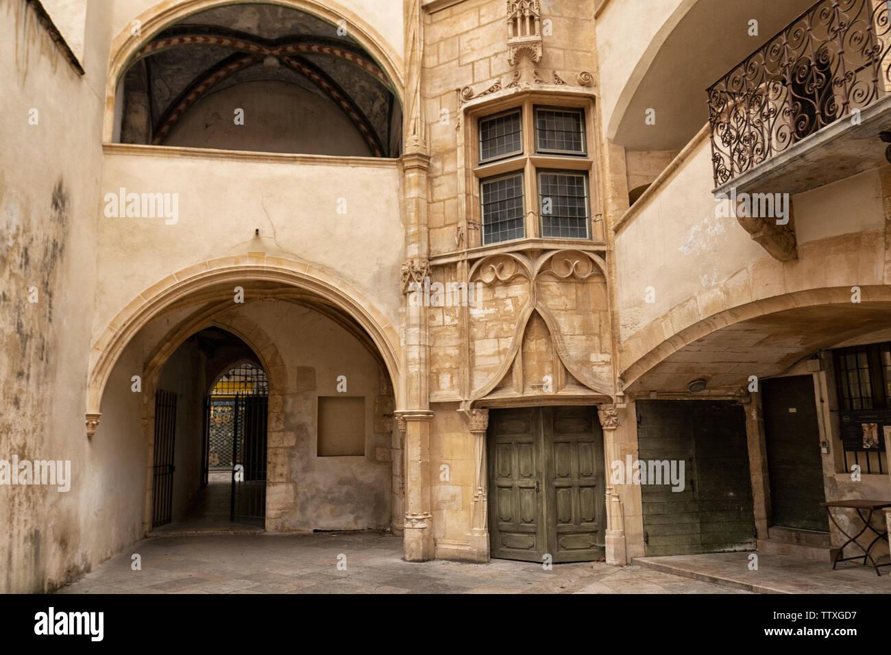 Traboule, courtyard in old City Center, Vieux Lyon, UNESCO World Heritage Lyon, - Stock Image