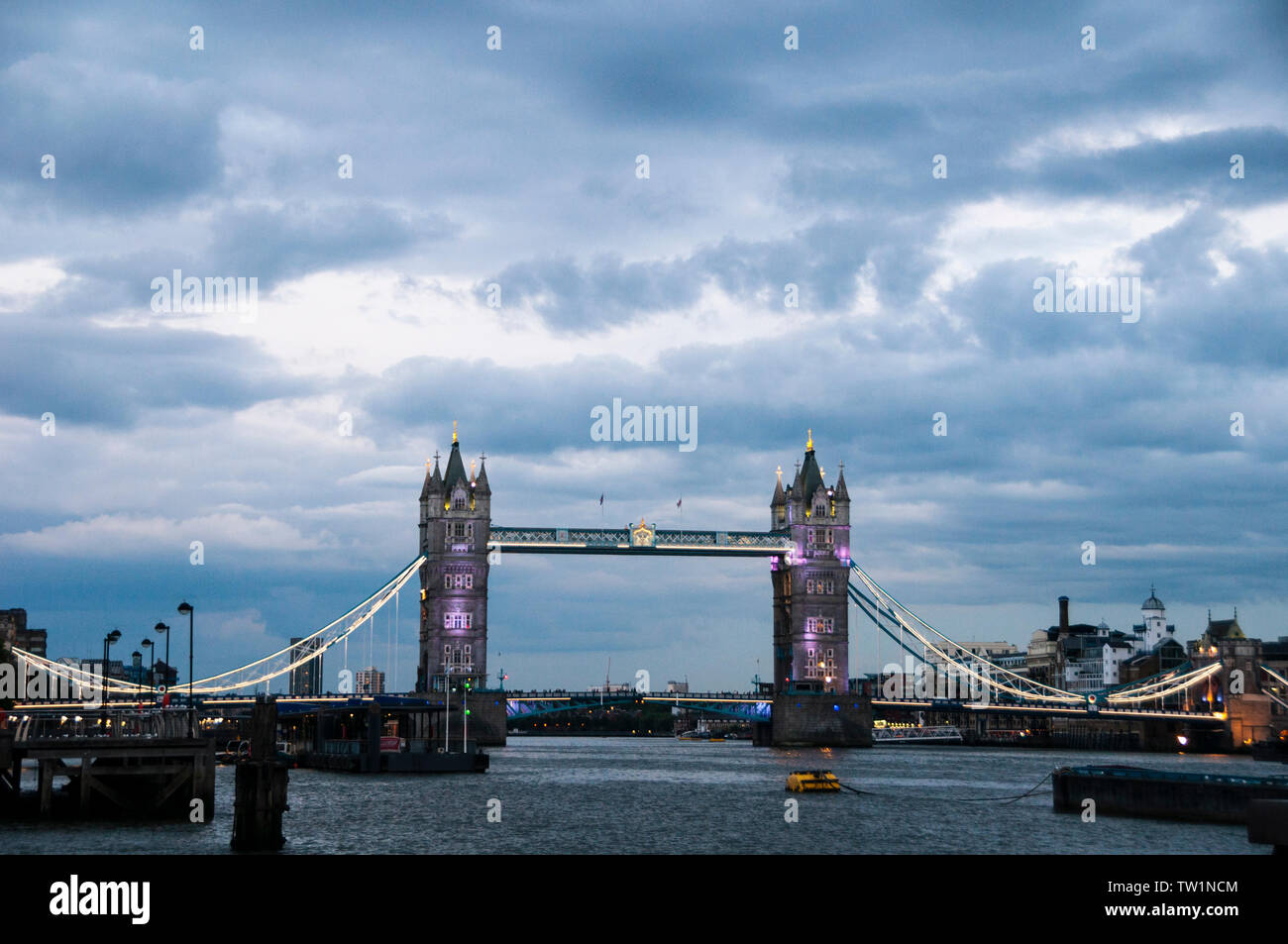 Evening comes to London Bridge Stock Photo