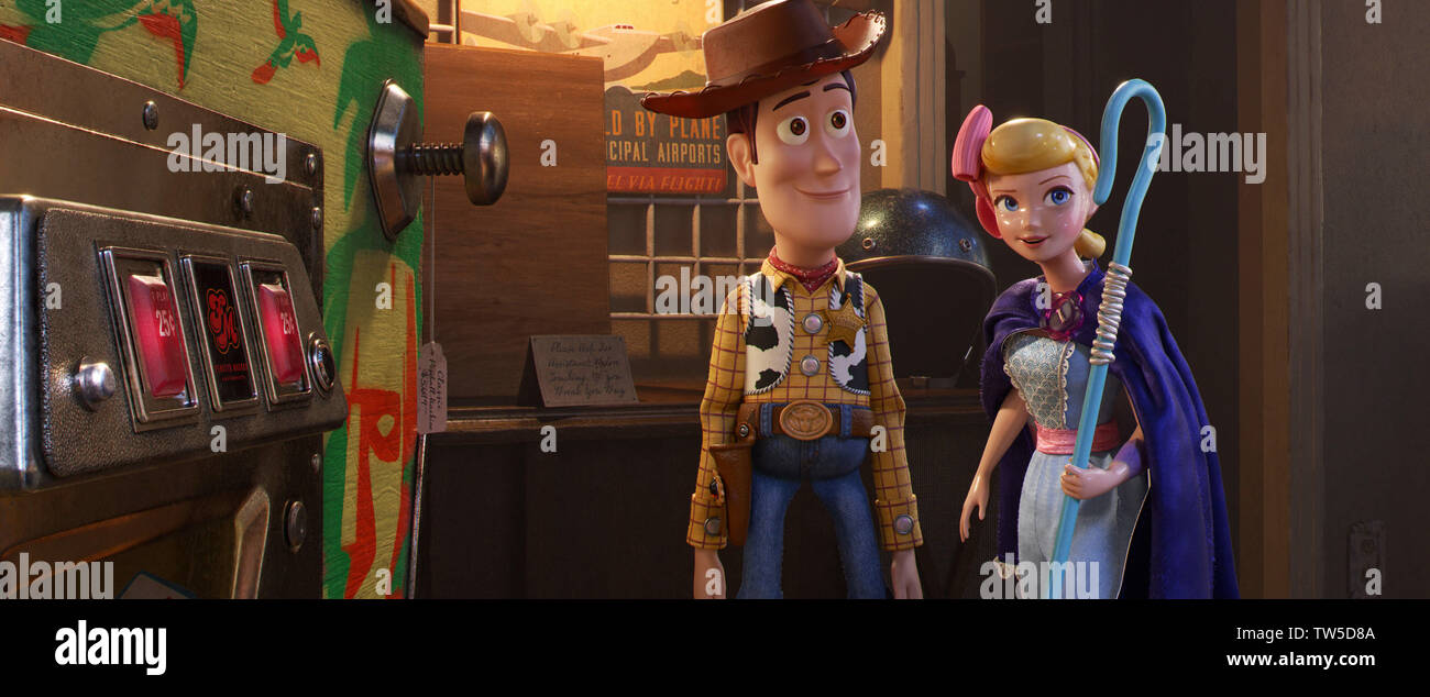 Tom Hanks and Annie Potts in Toy Story 4 (2019) Photo Credit: Disney-Pixar/ The Hollywood Archive - Stock Image