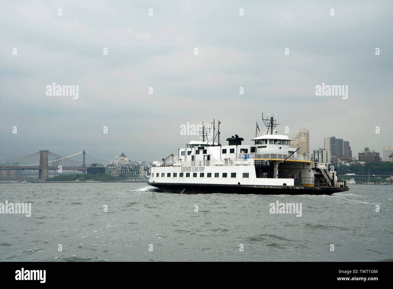 Welcome aboard the newest ferry in New York Harbor: Governors 1 ...