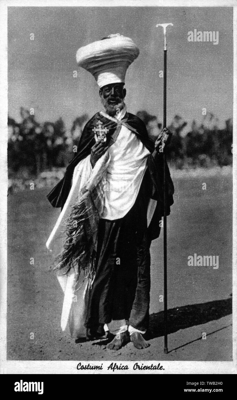Priest of the Ethiopian Orthodox Tewahedo Church - the largest of the Oriental Orthodox Christian Churches.     Date: circa 1930s - Stock Image