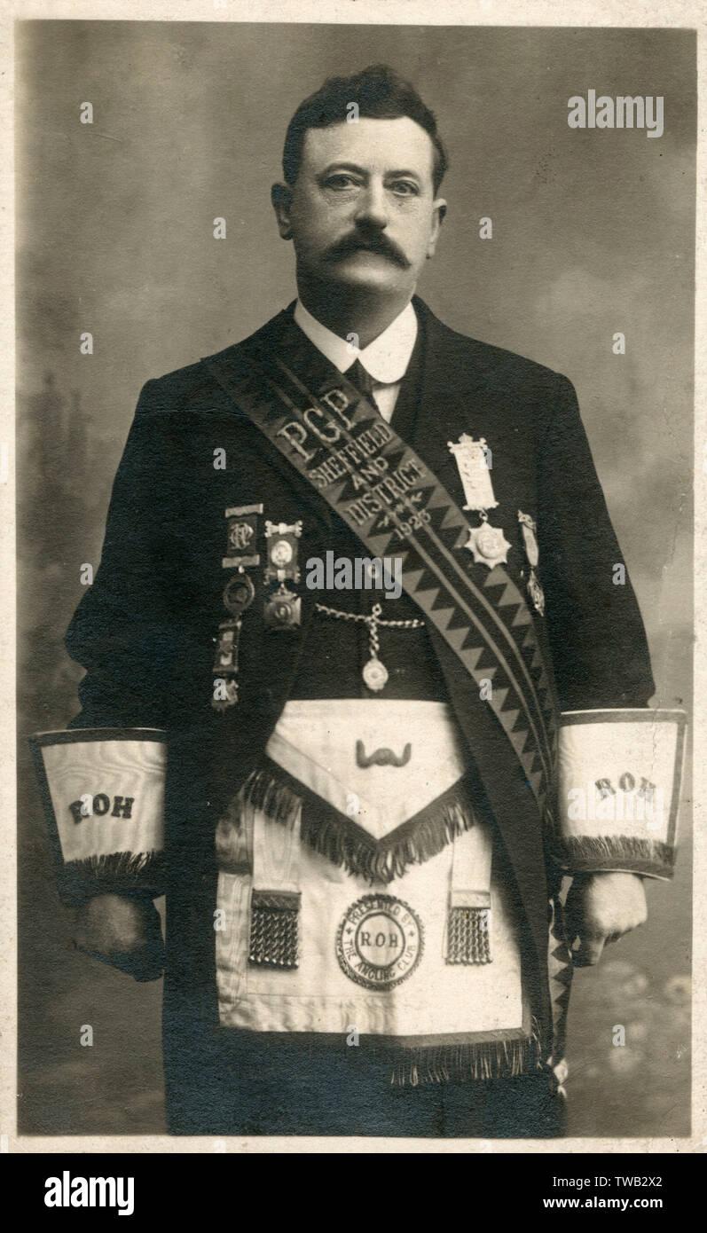 Masonic Uniform Stock Photos & Masonic Uniform Stock Images - Alamy