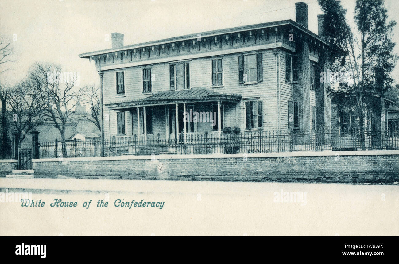 First White House of the Confederacy - the executive residence of President Jefferson Davis and family while the capital of the Confederate States of America was in Montgomery, Alabama, USA.     Date: circa 1906 Stock Photo