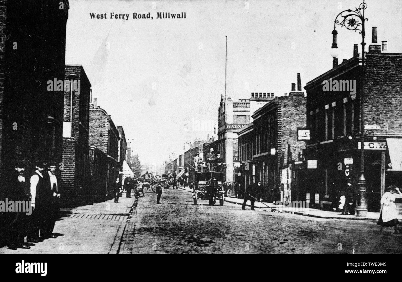 West Ferry Road, Millwall, East London.      Date: circa 1908 - Stock Image
