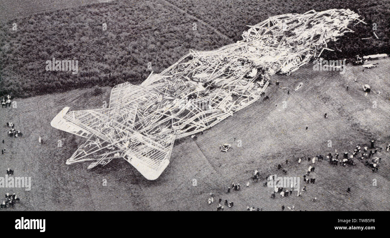 The wreckage of the crashed British Airship R101 near Beauvais, France - whilst on a flight to India     Date: 1930 - Stock Image