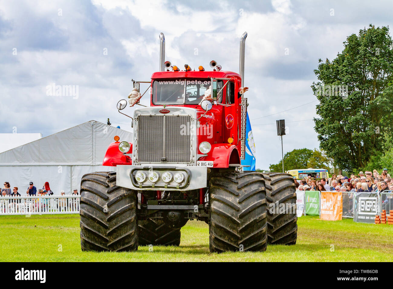 18 & 19 June 2019 - Royal Cheshire County Show - Big Pete and The Grim Reaper monster trucks - Stock Image