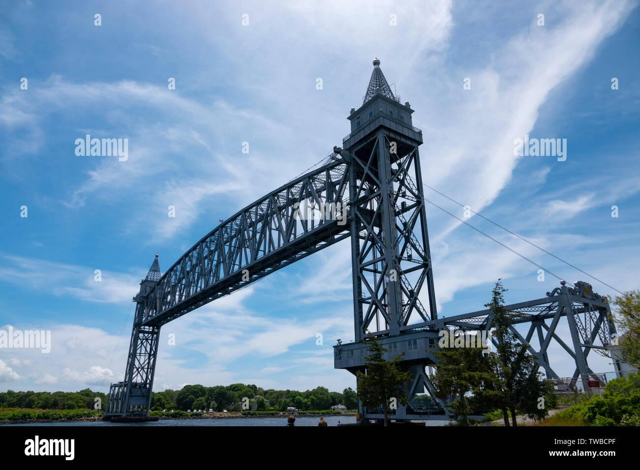 USA Massachusetts MA Cape Cod Canal Railroad Bridge over the cape Cod Canal a vertical lift bridge also known as the Buzzards Bay Railroad Bridge 1935 - Stock Image