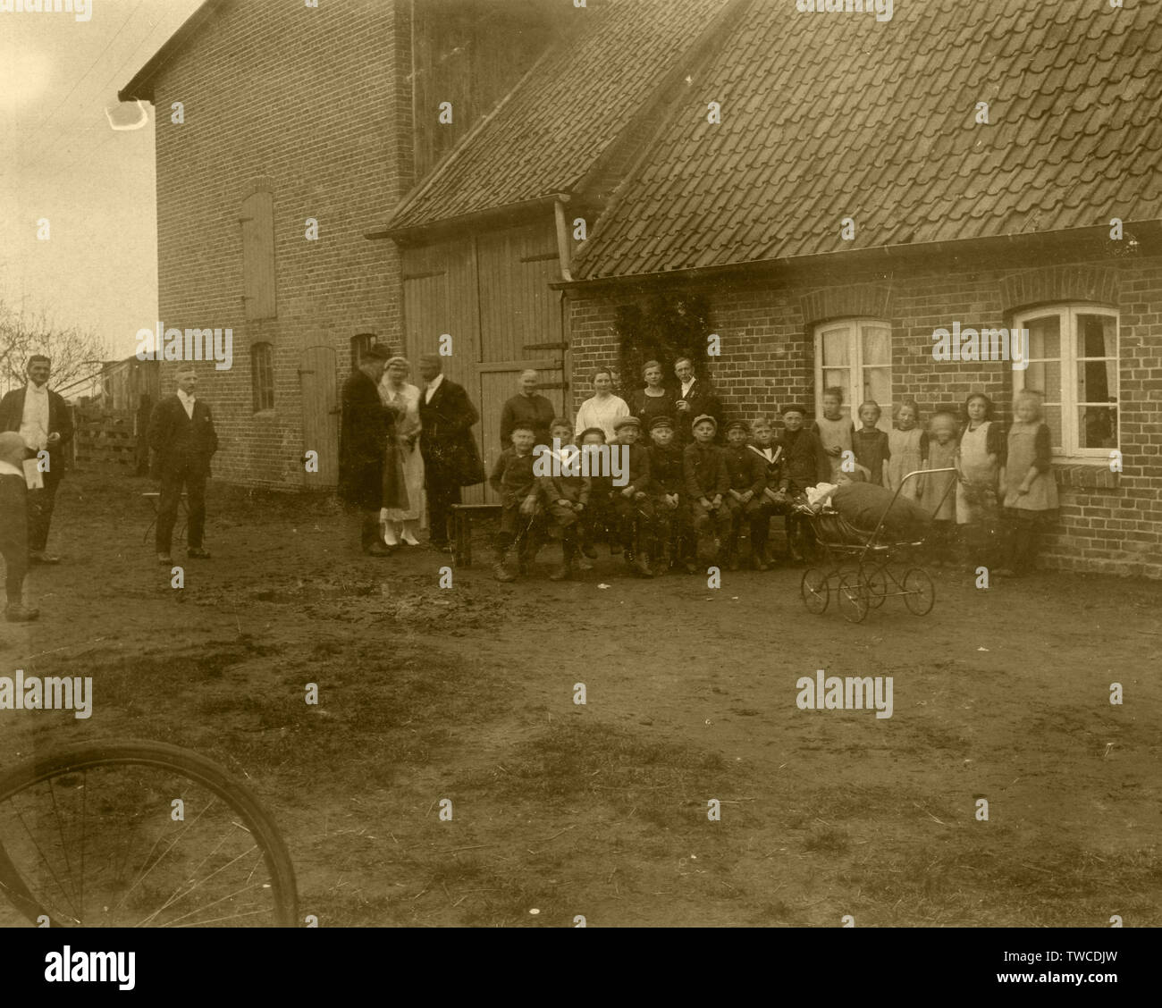 1900's This German photograph appears to show a small village school wth both the pupils and teachers/parents. - Stock Image