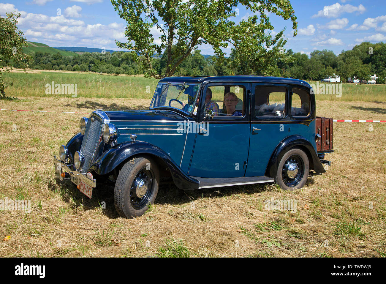 1946-48 Wolseley 8 e 12 distributore PAC
