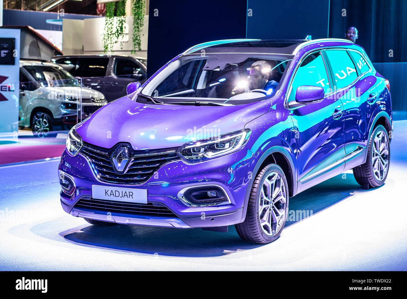 Paris France October 02 2018 Renault Kadjar At Mondial Paris Motor Show 1st Gen Facelift Cmf Cd Platform Suv Produced By Renault Stock Photo Alamy