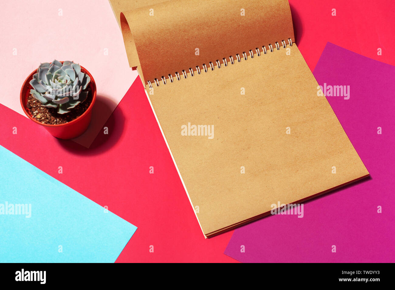 Notebook open page design on table - Stock Image