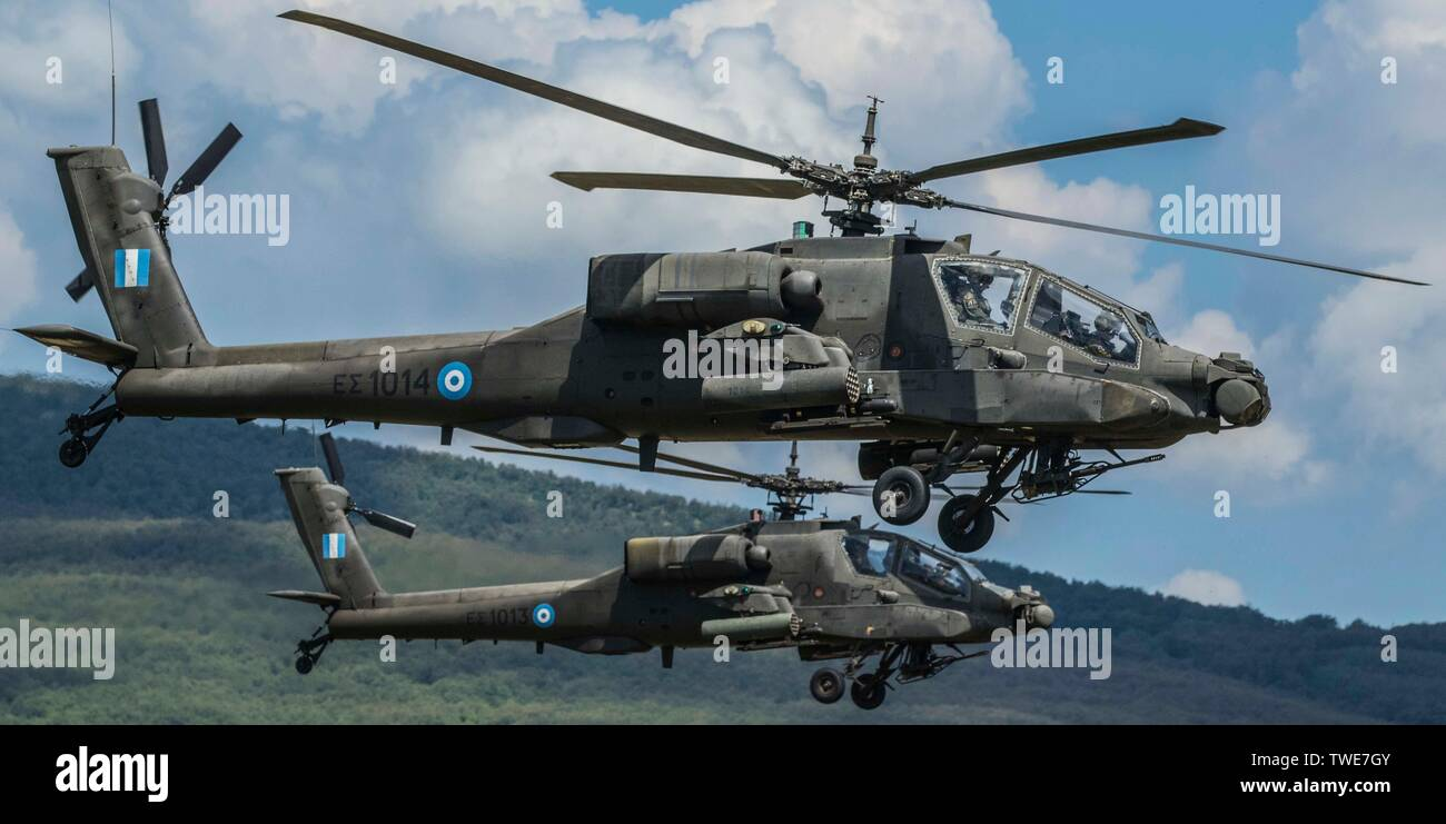 8X12 PHOTOGRAPH CG 64 US NAVY USN MH-60S KnightHawk helicopterUSS GETTYSBURG