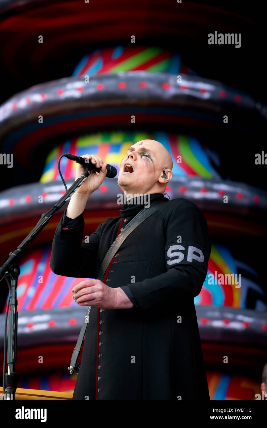 Donington park,castle donington, Leicestershire,united kingdom 16.6.2019 Smashing Pumpkins perform on the main stage at download festival day three - Stock Image