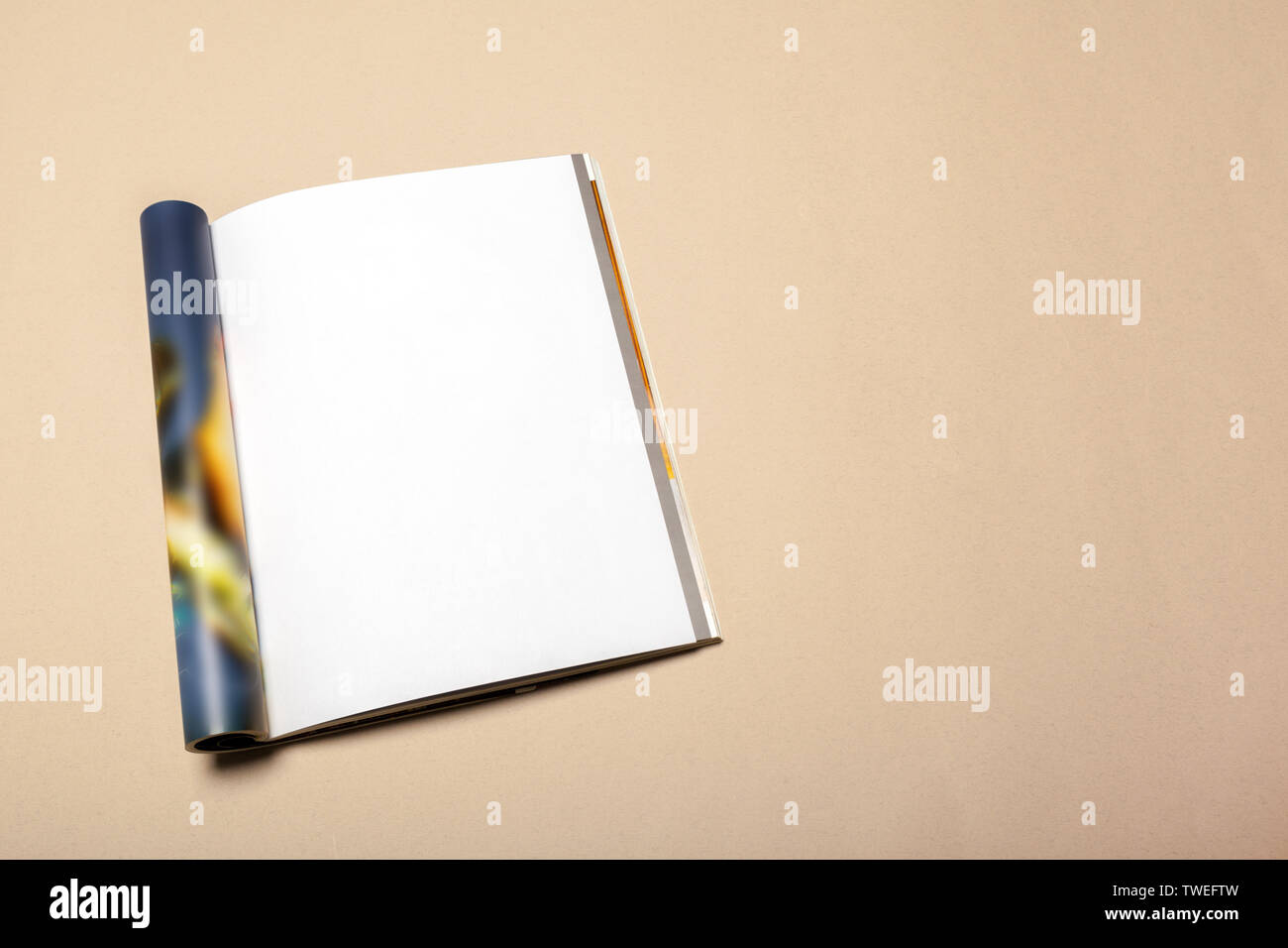 Blank paper pieces for mock up on a beige background - Stock Image